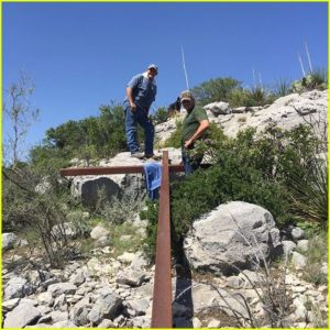 chris-pratt-and-friends-erected-a-giant-metal-cross-on-easter-sunday